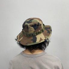 画像4: ●【SALE】 U.S.ARMY ウッドランドカモ柄 バッチ・ワッペン付き バケットハット SIZE 7 1/4 (4)