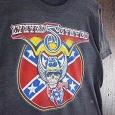 画像2: 80's LYNYRD SKYNYRD USA製 スカルプリント バンドTシャツ (2)