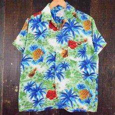 画像1: 60's South Pacific パイナップル×ハイビスカス柄 レーヨンアロハシャツ (1)