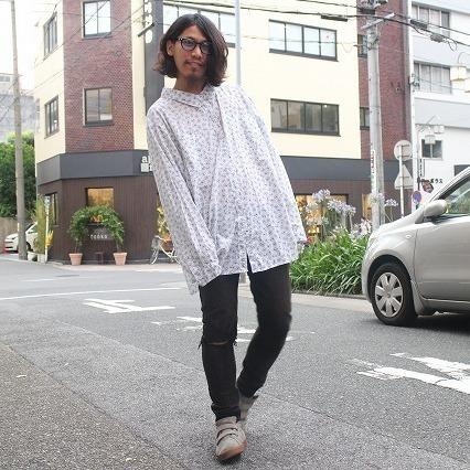 画像1: 総柄コットンシャツ (1)