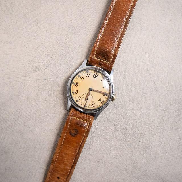 画像1: 40's WWII BRITISH ARMY Watch (1)