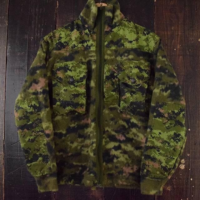 画像1: Canadian Army デジカモフリースジャケット (1)