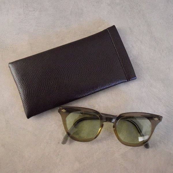画像1: 60's B&L SAFETY Sunglasses ケース付き (1)