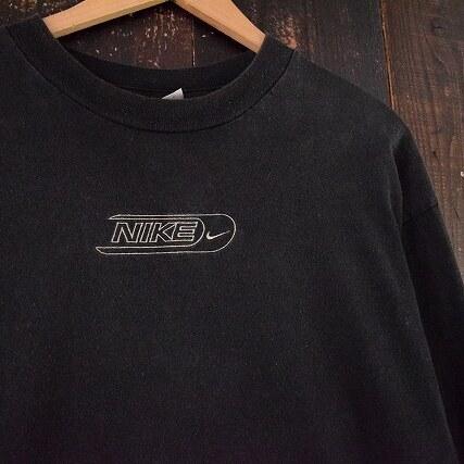 画像1: NIKE ロゴ刺繍ロンT (1)